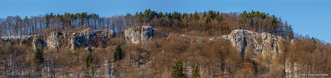 Veilbronn Totensteine im Winter